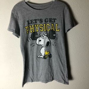 XL Snoopy shirt